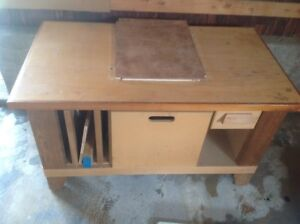 Custom Storage and work bench for tools, on castors
