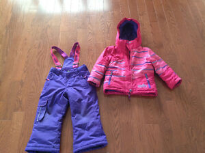 XMTN Snow Suit Size 4 Excellent Condition!