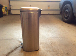 30 litre stainless step bin