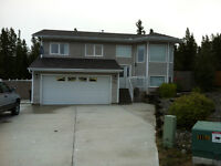 Spacious five bedroom house in Copper Ridge - Available July 15