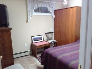 Room for rent in Apartment like setting