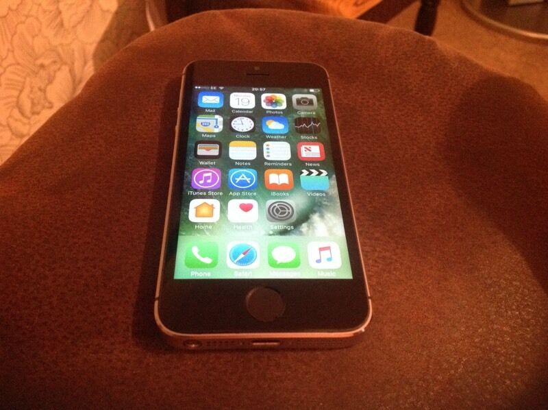 iPhone 5s mint conditionin NewportGumtree - If you want a 5s in mint condition this is it. Locked to EE network, all fully functional and comes with charger and lead