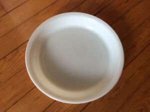 "REDUCED from $12 - Pyrex 9"" opal pie plate"