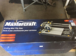 Mastercraft 10amp sliding wet tile saw