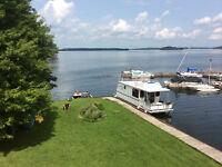 Houseboat Rentals on the # 2 World Heritage Site of Rideau Lakes