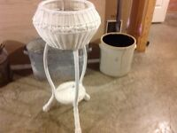 Wicker plant stand
