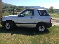 2000 Chevrolet Tracker 4x4 for sale