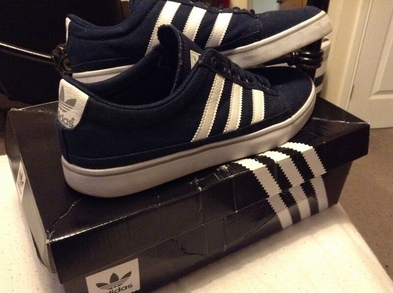 Adidas shoes as new conditionin Bournemouth, DorsetGumtree - Adidas shoes as new condition only worn them once and then they have been kept in a box size 9 come with box but it is battered a bit 07526986572 thanks