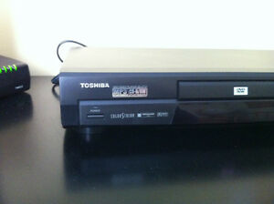 DVD Player Toshiba SD-2710