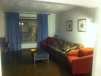 Welland room for students (3min to Niagara Collage)