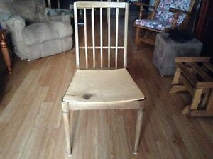 CHAISE A DONNER