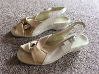Ladies Hotter Shoes. Size 6 1/2.