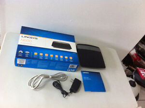 Linksys N600 Dual Band Wi-Fi Router E2500 with Box Wireless N