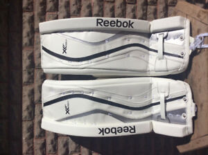 Brand new never worn Reebok goalie pads 31+1 - intermediate