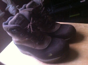 "Bottes d'hiver ""The North Face"" Waterproof 8 (39)"