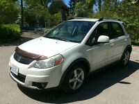 2007 Suzuki SX4 JLX 4 cyl Crossover AWD - Clean and Compact