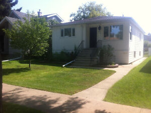3 Bedroom within walking distance to U of A. Includes utilities