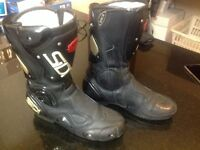 Sidi vertabra motor bike boots