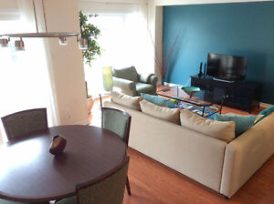 Beautifully furnished condo townhouse for short/long term rental