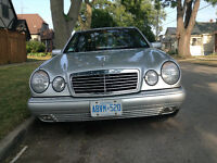 '97 Mercedes Benz E320 Silver with sunroof