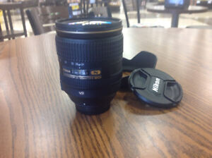 NIKON 24-120mm f4 VR lens with Henrys warranty to June 29, 2018