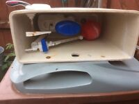 Toilet cistern with working parts