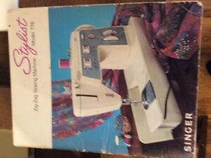 Singer sewing machine model 776