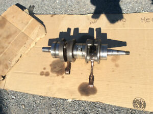 Crankshaft de Yamaha Exciter 570 1989 , un bearing a changer