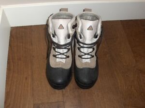 Women's Columbia Cascadian Summit Boots