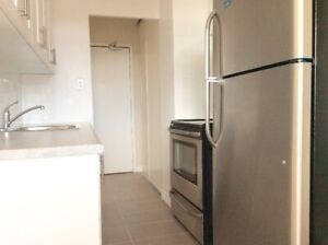 MOVE IN READY! 2 Bedroom Apartment