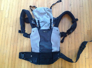 Lillebaby Complete Airflow Carrier Peterborough Peterborough Area image 3