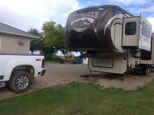 Jayco pinnacle 38' vacation travel trailer 5th wheel Moose Jaw Regina Area image 2