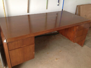 Office desk+File cabinet+Table
