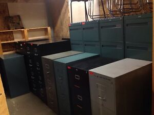 LOTS OF 2/3/4/5/6 DRAWER VERTICAL /LATERAL METAL FILING CABINETS Kitchener / Waterloo Kitchener Area image 2