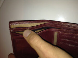Red Quixsilver wallet Kingston Kingston Area image 7