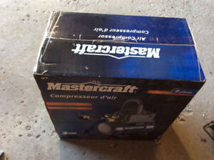 AIR COMPRESSOR NEW IN BOX. MASTER CRAFT