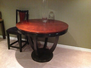 Bistro round table and four chairs Peterborough Peterborough Area image 2