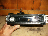 Pioneer AM/FM/CD/I-Pod Car Face Off Car Stereo(works amazing)$70