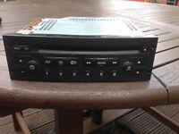 Peugeot car stereo / cd player