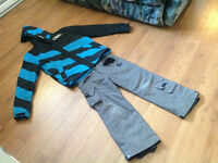 Snow suit: O'neil coat with grey 10-12 youth ski pants