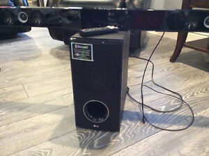 LG Sound Bar and wireless active Subwoofer