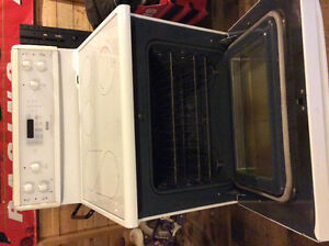 Kenmore electric range sold