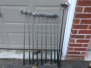 Men's Right Handed Golf Club Set - 12 Clubs + Carrying Bag