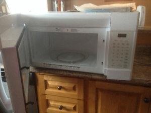 Microwave /overhead fan