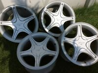 Mustang Rims - set of 4
