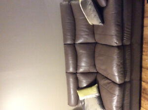 Stunning 2 piece leather couch