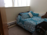 One bedroom apartment available May 1st Mowat Avenue
