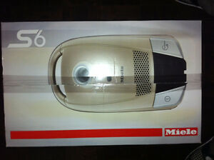 Miele Vacuum. Continuum model -- Brand new