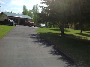 MOTIVATED SELLERS! ACREAGE/LAKEFRONT LOG HOME FOR SALE!