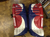 Used goalie pads in good condition for cheap